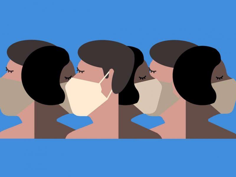 Mujeres usando mascarilla