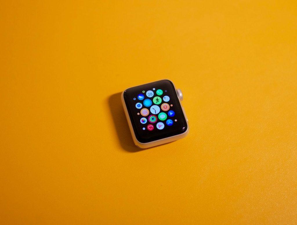 Debates en torno a la compra de Fitbit por Google